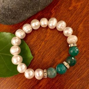 Jewelry - Pearls with Jade Bracelet